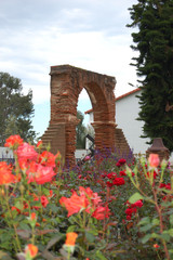 historic-arch-roses